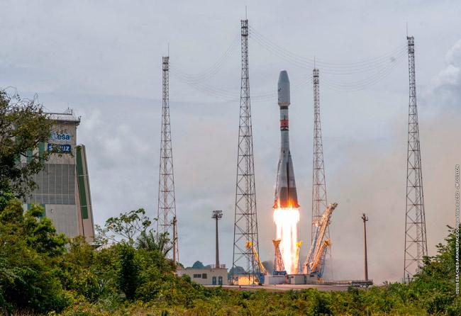 Lanzamiento de cuatro satélites O3b por SES