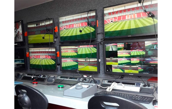 Sala de control del sistema de vídeo arbitraje implementado por Mediapro