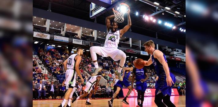 Uno de los partidos de la liga de baloncesto canadiense CEBL