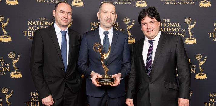 De izquierda a derecha, Erwan Gasc, AVIWEST CEO; Ronan Poullaouec, AVIWEST CTO; and Florian Kolmer, AVIWEST Sales Director US.