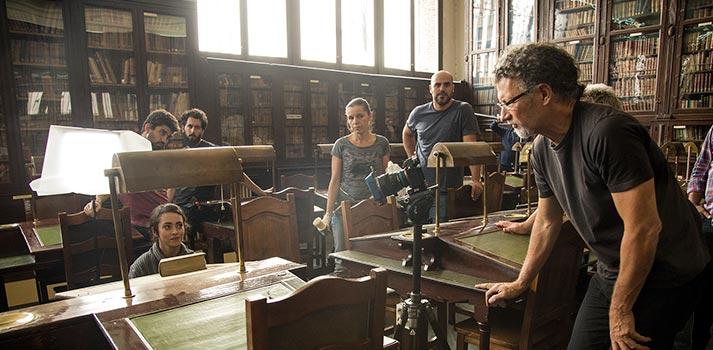 Adolpho Cañadas durante el rodaje de una producción de La Caña Brothers. Foto: Silvia Domínguez Vidal