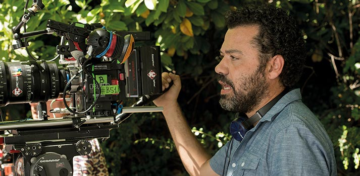 El director Jesús Colmenar rodando El Embarcadero (Vancouver Media)