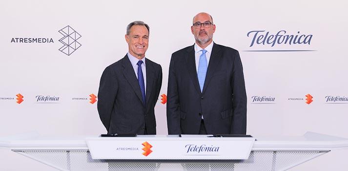 Silvio González, responsable de Atresmedia; y Emilio Gayo, presidente de Telefónica España