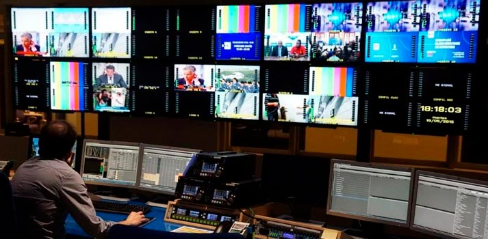 Sala de control de Telemadrid - 2020