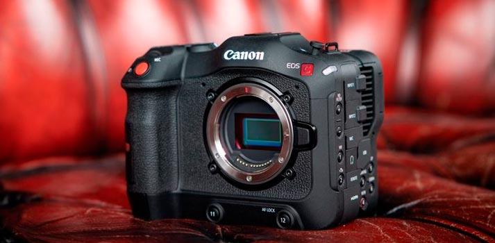 Cámara Canon EOS C70 frontal