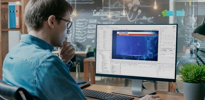 Usuario empleando la aplicación de generación de gráficos PRIME de ChyronHego
